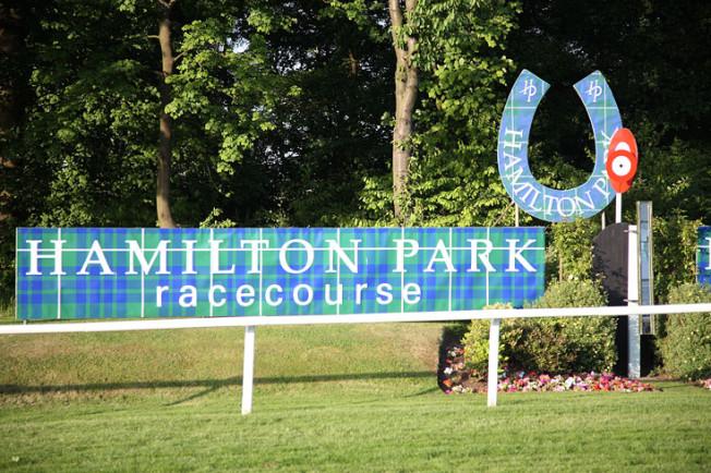 dostihy hamilton park skotsko scotland 25 Dostihy Hamilton Park