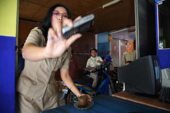 vsedni den v indonesii 48 Všední den v Indonésii