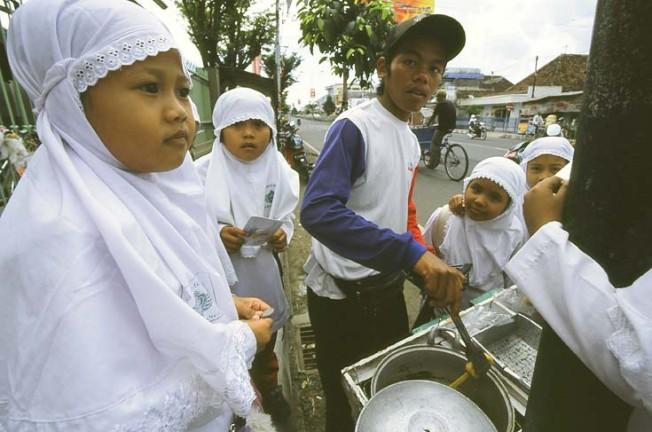 vsedni den v indonesii 51 Všední den v Indonésii