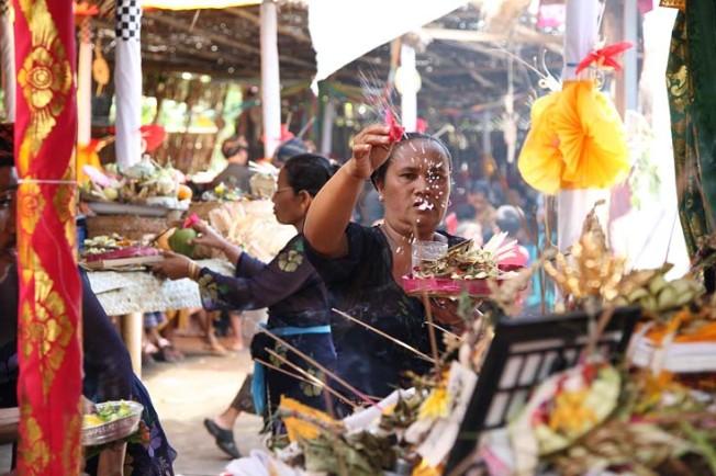indonesie bali kultura zvyky 168 Kultura a zvyky Indonésie