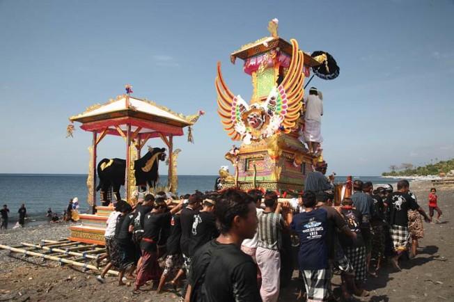 indonesie bali kultura zvyky 192 Kultura a zvyky Indonésie
