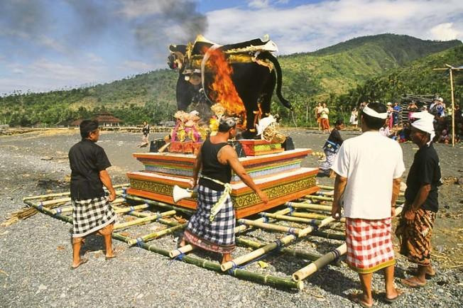 indonesie bali kultura zvyky 196 Kultura a zvyky Indonésie