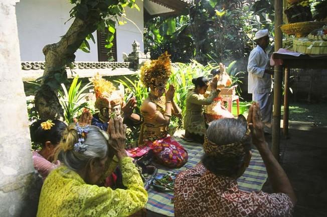 indonesie bali kultura zvyky 70 Kultura a zvyky Indonésie