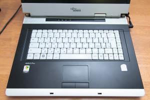 156870 300x200 Vyhazování je nové nakupování: Rozdávám počítače a techniku za 150 000 Kč. Chcete?